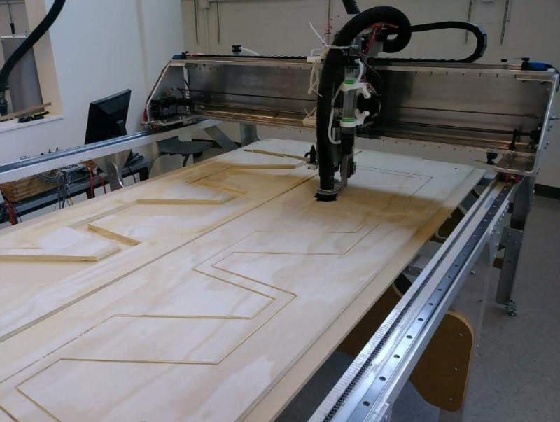 Fabricator Pro CNC Router 5'x10' cutting plywood