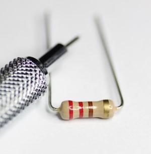 220 ohm resistor 1/4 watt