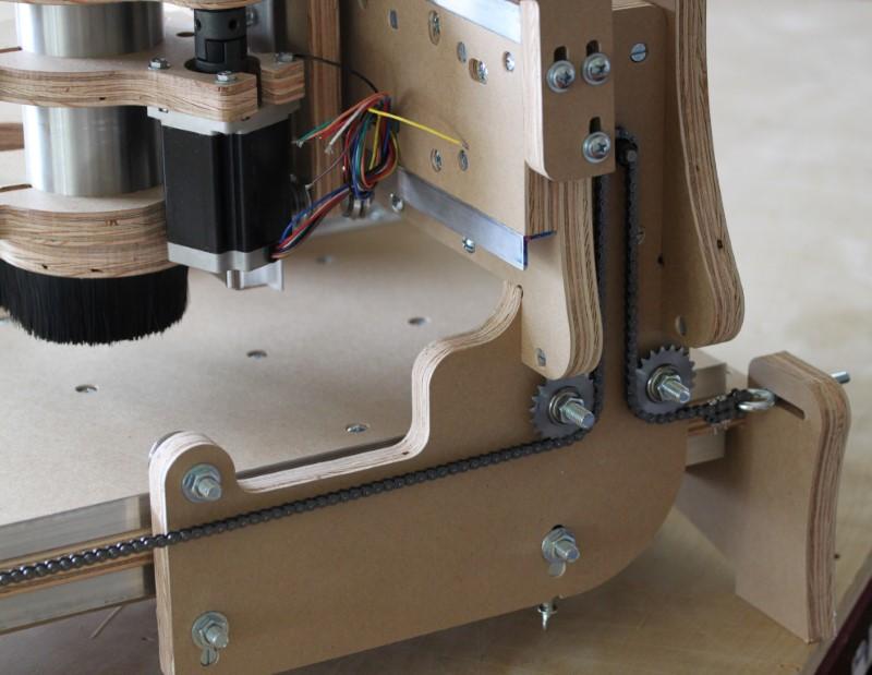 Assembled bluechick cnc machine - side of the gantry