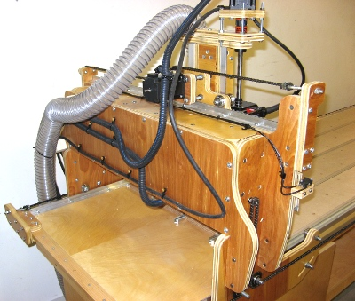 Mark Gottschalk's blackToe cnc machine's back of the gantry