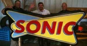 Large sonic sign made with the modified blackToe cnc machine