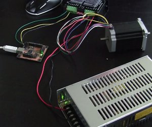 USB Controller wired to one driver and one stepper motor